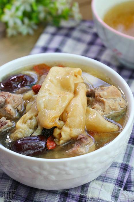 鲤鱼养成女神:花胶莲子排骨汤-我家草鱼-广州食谱厨房吃图片